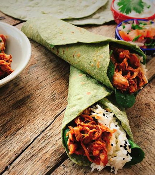 Spinach-Roti-Burrito-With-Shredded-Chicken-Chaat